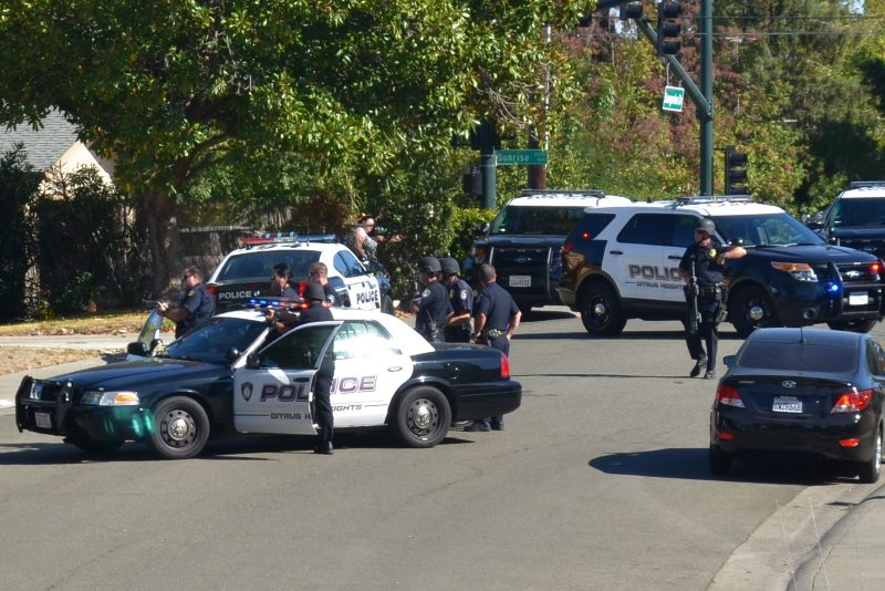 Citrus Heights police respond to domestic violence situtation near Sunrise Blvd.